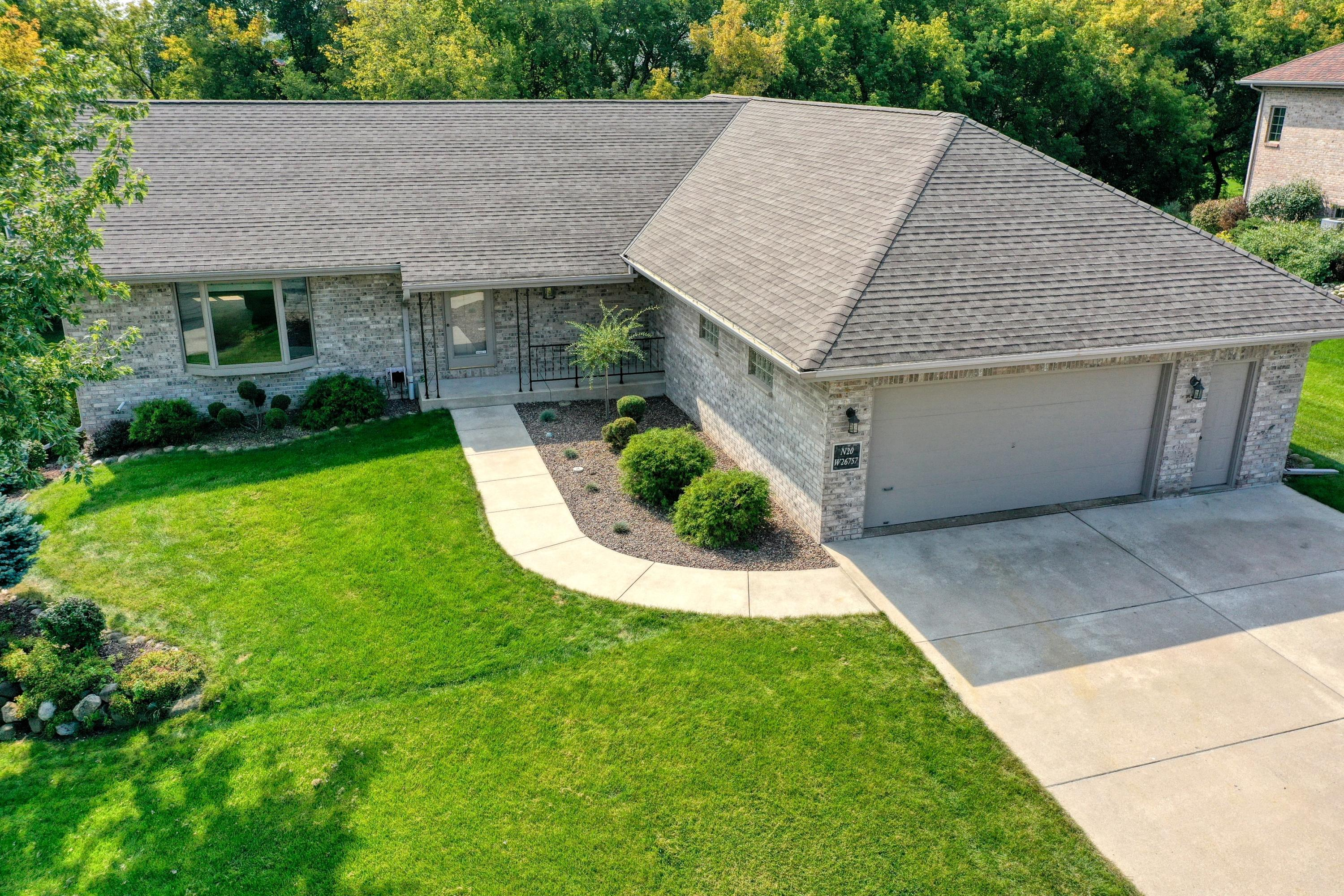 Photo of N20W26757 Sawgrass Ln, Pewaukee, WI 53072