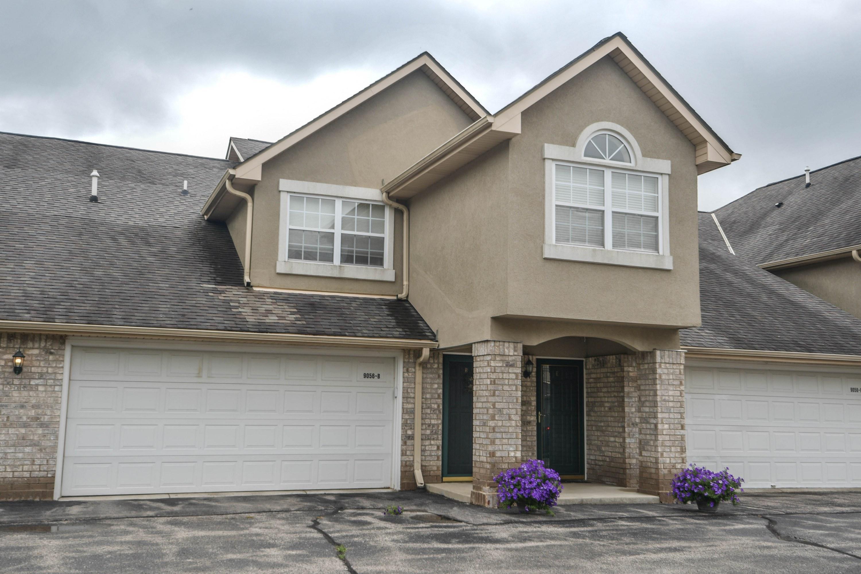 9056 Elm Ct, Franklin, Wisconsin 53132, 3 Bedrooms Bedrooms, ,3 BathroomsBathrooms,Condominiums,For Sale,Elm Ct,1,1711932