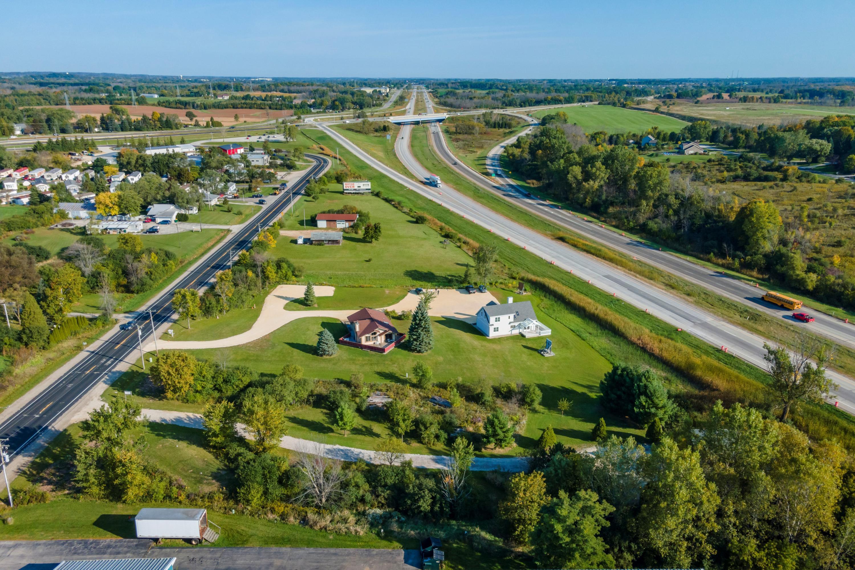 Photo of 1570 Port Washington Rd, Grafton, WI 53024