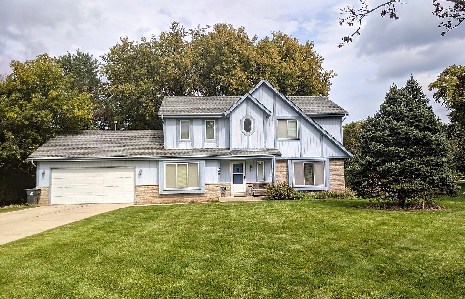 389 Cheshire Ct, Pewaukee, Wisconsin 53072, 3 Bedrooms Bedrooms, ,2 BathroomsBathrooms,Single-Family,For Sale,Cheshire Ct,1712172