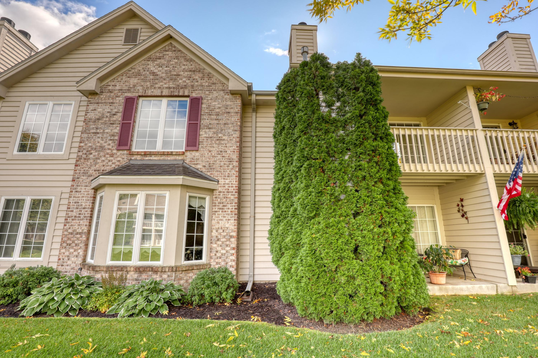 158 Westfield Way, Pewaukee, Wisconsin 53072, 3 Bedrooms Bedrooms, 5 Rooms Rooms,2 BathroomsBathrooms,Condominiums,For Sale,Westfield Way,2,1713330