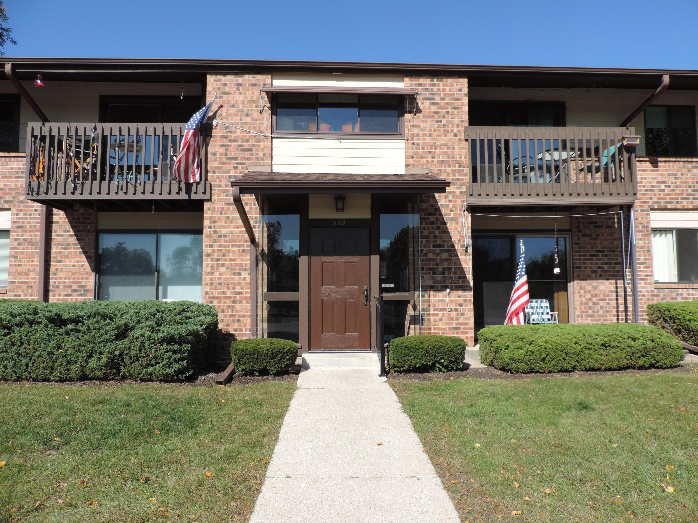 339 Park Hill Dr, Pewaukee, Wisconsin 53072, 2 Bedrooms Bedrooms, 5 Rooms Rooms,1 BathroomBathrooms,Condominiums,For Sale,Park Hill Dr,1,1713271