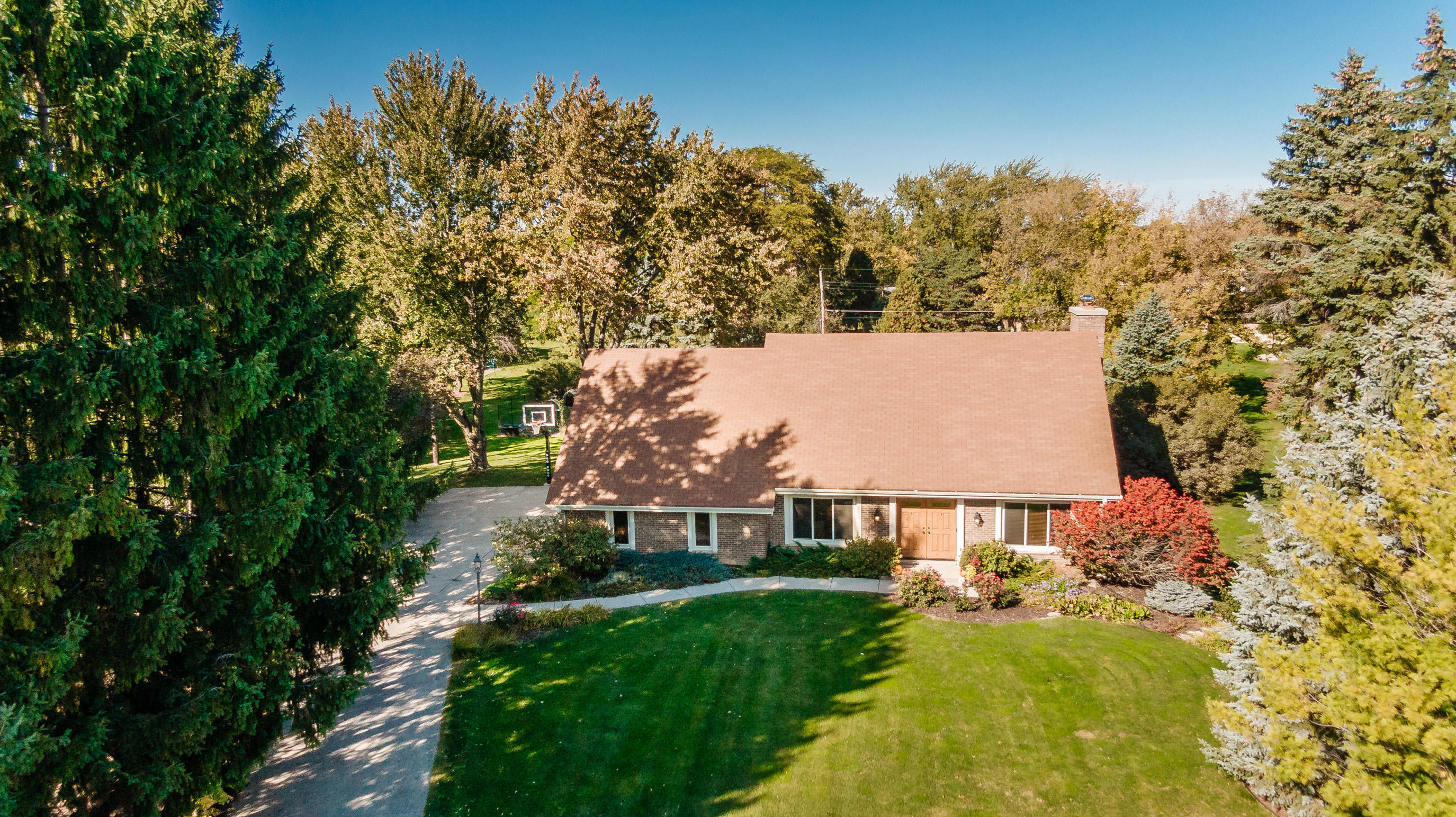 17830 North Ave, Brookfield, Wisconsin 53045, 3 Bedrooms Bedrooms, 7 Rooms Rooms,2 BathroomsBathrooms,Single-Family,For Sale,North Ave,1714126