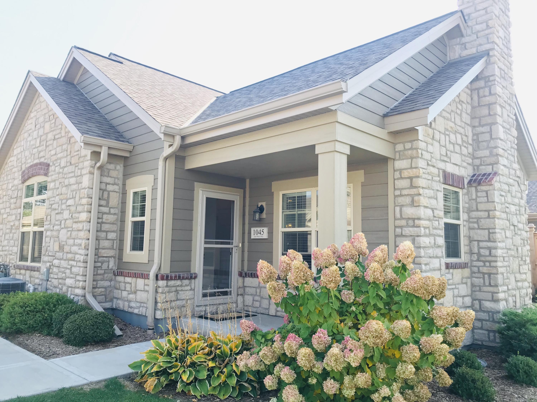 1045 Ann Marie Way, Oconomowoc, Wisconsin 53066, 2 Bedrooms Bedrooms, 5 Rooms Rooms,2 BathroomsBathrooms,Condominiums,For Sale,Ann Marie Way,1,1714232