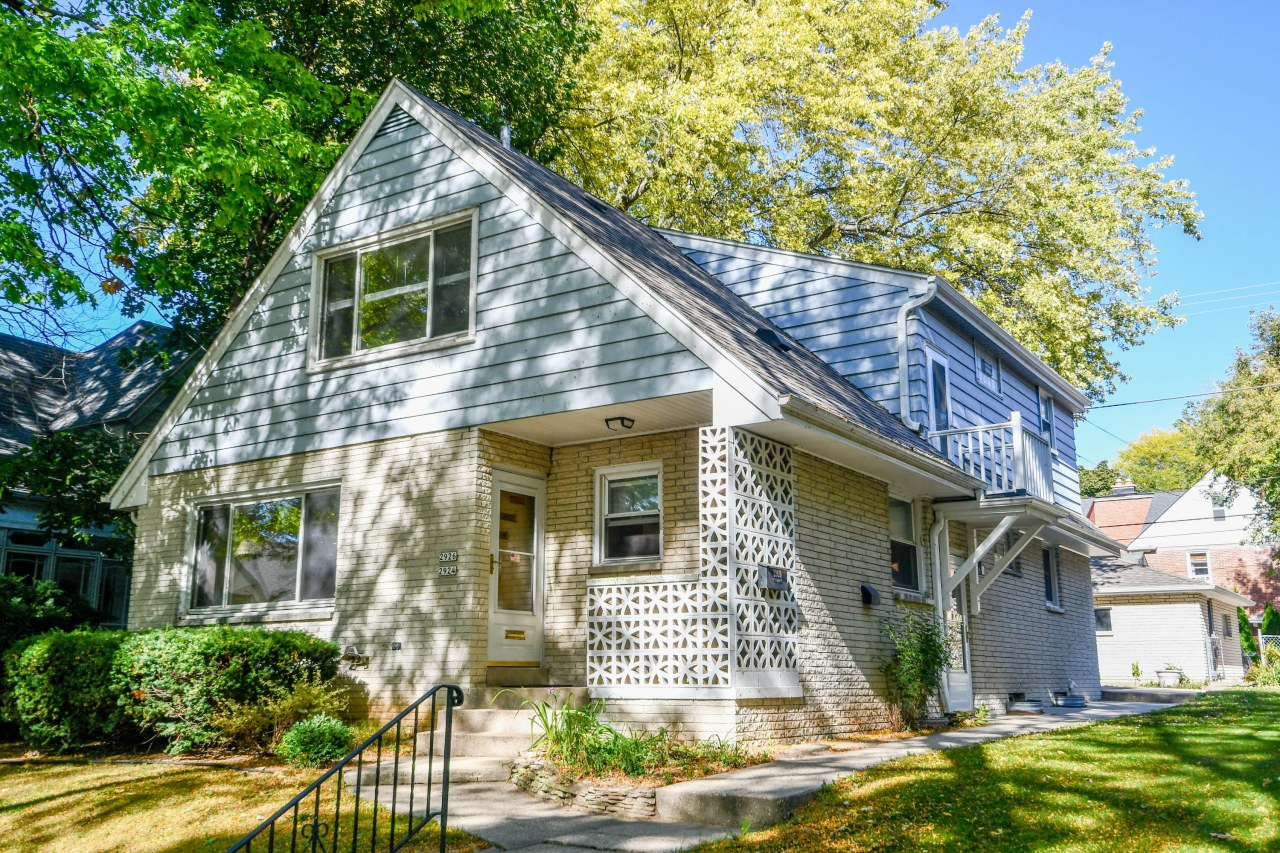 Photo of 2924 S Wentworth Ave #2926, Milwaukee, WI 53207