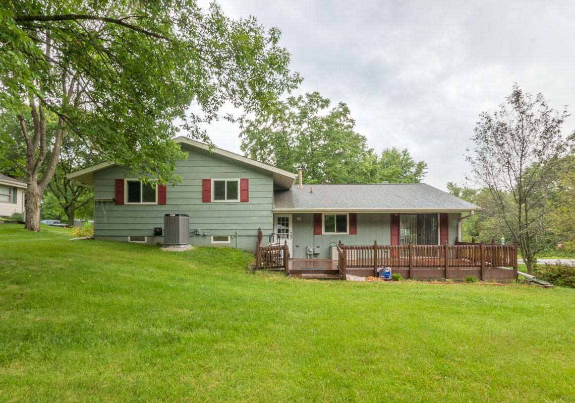 3426 Maple Dr, Richfield, Wisconsin 53033, 3 Bedrooms Bedrooms, 8 Rooms Rooms,2 BathroomsBathrooms,Single-Family,For Sale,Maple Dr,1715565