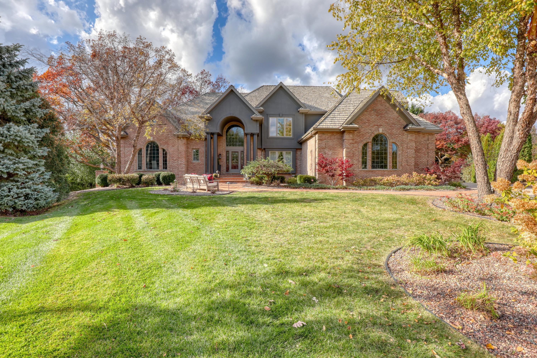 1602 Juniper Way, Hartland, Wisconsin 53029, 7 Bedrooms Bedrooms, ,5 BathroomsBathrooms,Single-Family,For Sale,Juniper Way,1715261
