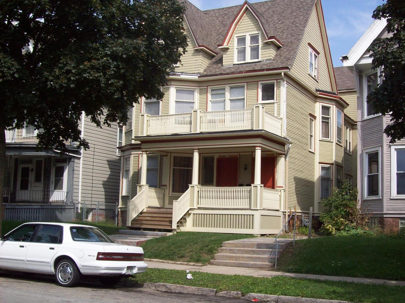 2648 2nd St, 2650, 2650A, Milwaukee, Wisconsin 53212, ,Multi-Family Investment,For Sale,2nd St, 2650, 2650A,1715654