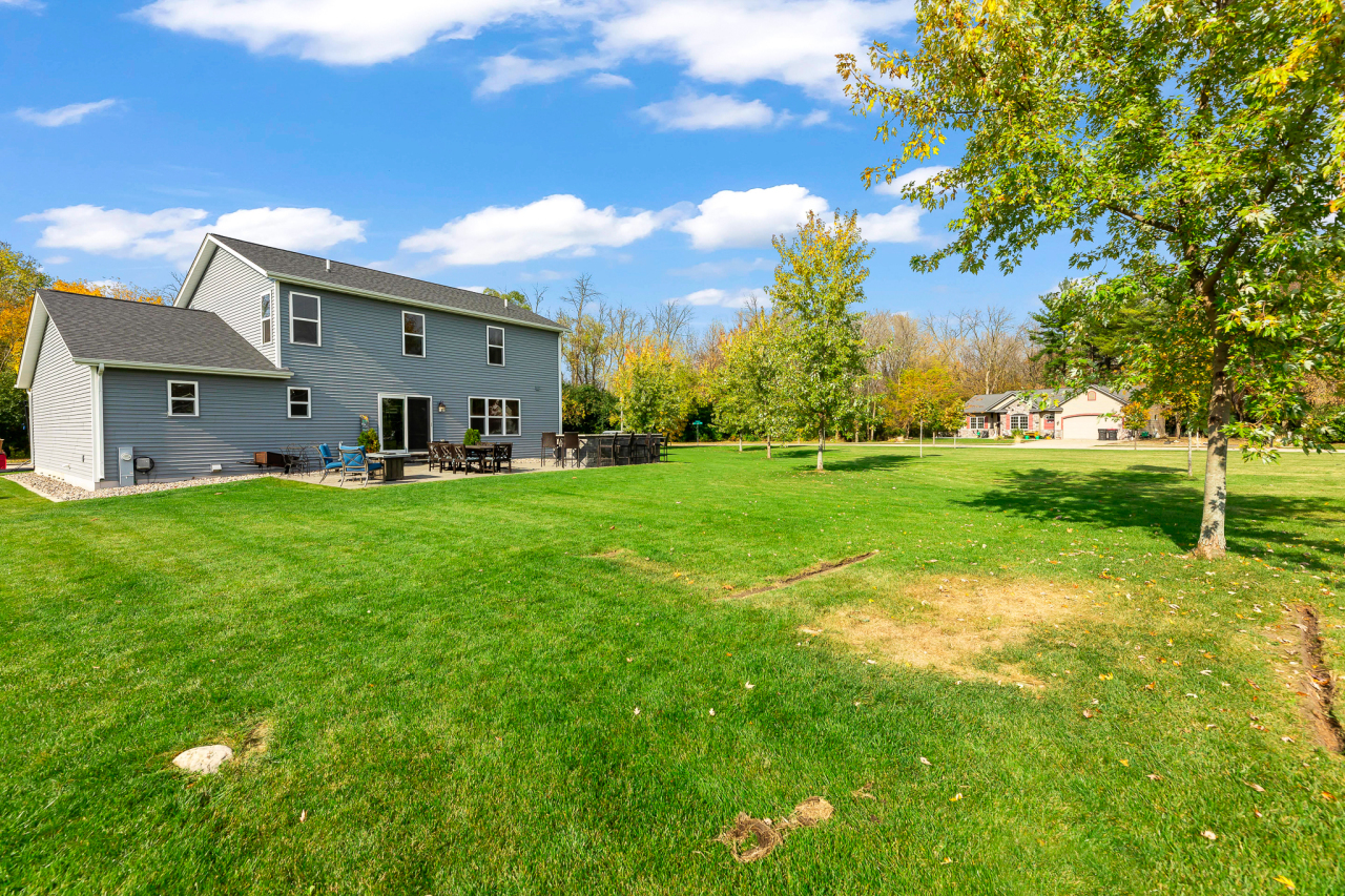 1125 Hickory Ln, Johnson Creek, Wisconsin 53094, 4 Bedrooms Bedrooms, ,2 BathroomsBathrooms,Single-Family,For Sale,Hickory Ln,1715578