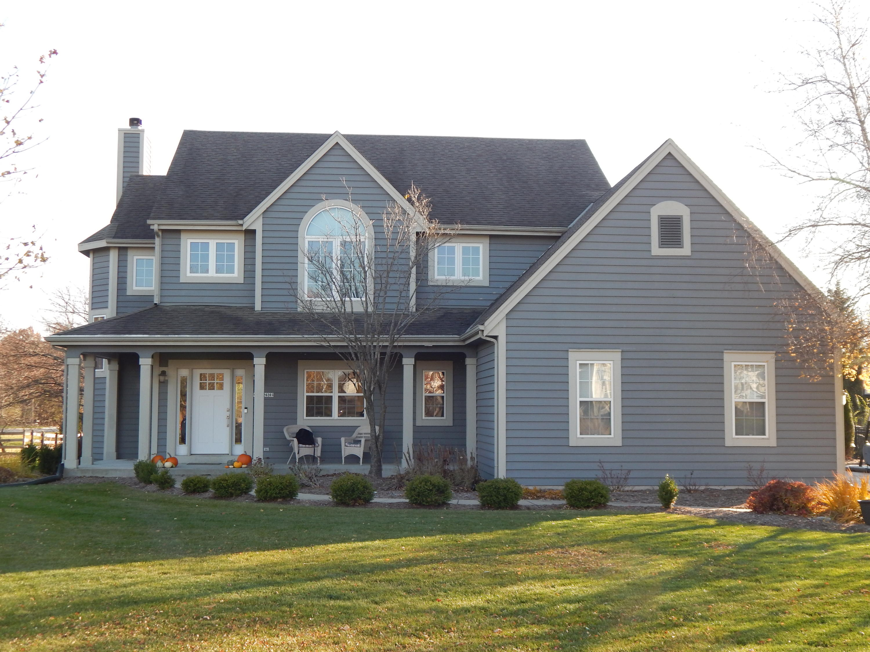 N27W26203 Coachman Dr, Pewaukee, Wisconsin 53072, 5 Bedrooms Bedrooms, 11 Rooms Rooms,3 BathroomsBathrooms,Single-Family,For Sale,Coachman Dr,1717659