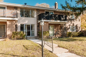 3449 S Pine Ave #6