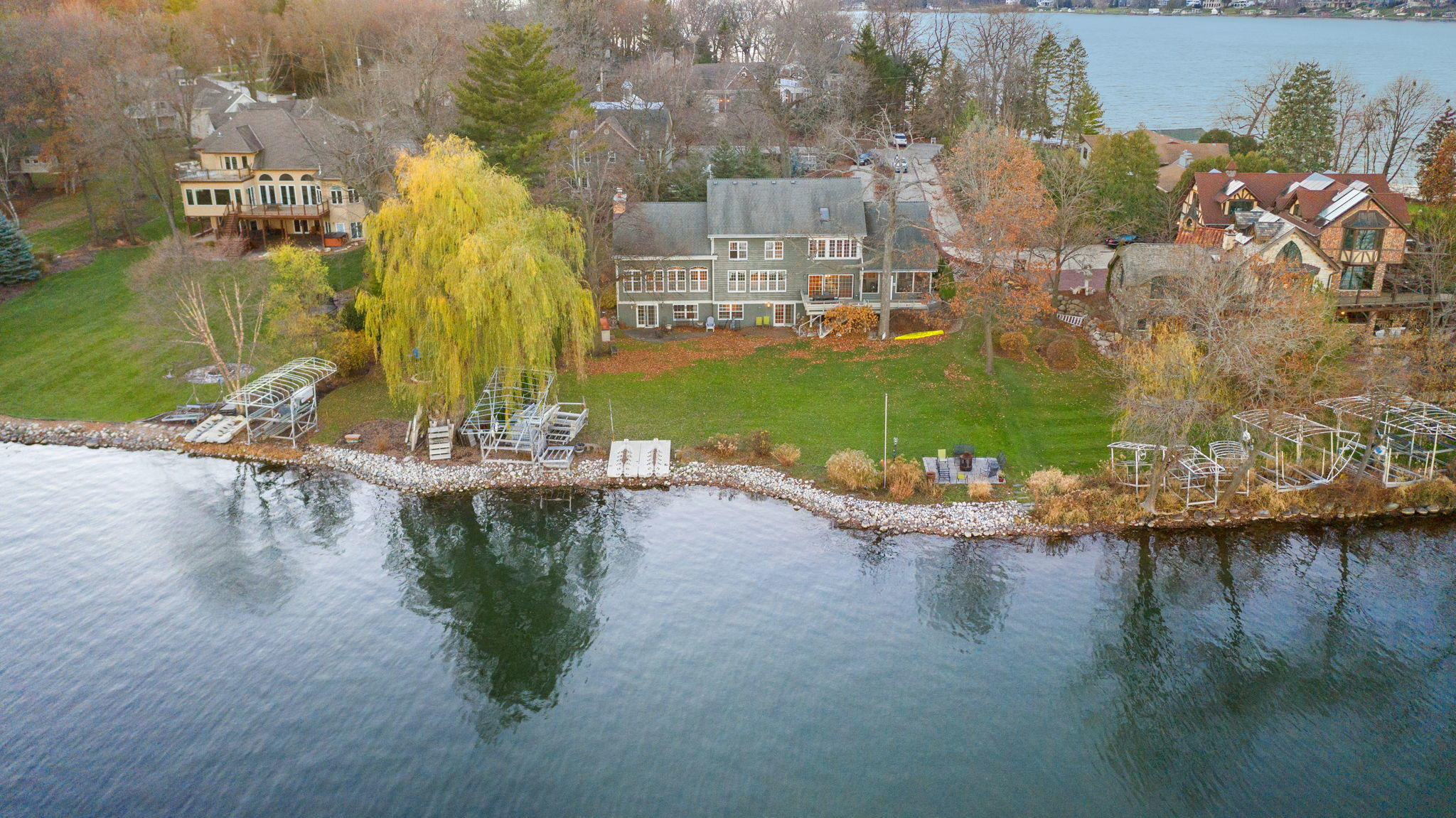W277N3016 Rocky Point Rd, Pewaukee, Wisconsin 53072, 4 Bedrooms Bedrooms, 12 Rooms Rooms,4 BathroomsBathrooms,Single-Family,For Sale,Rocky Point Rd,1719014