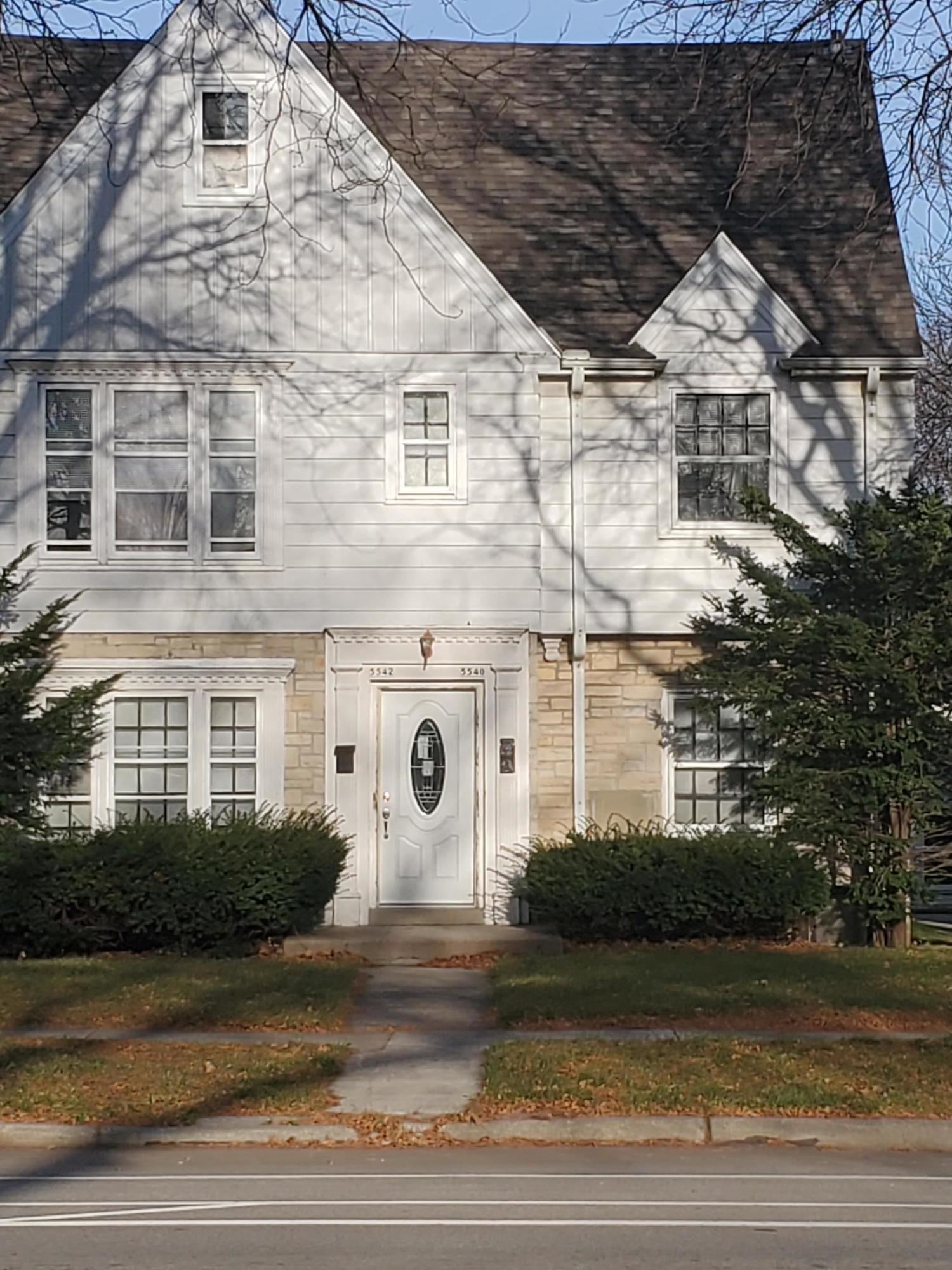 5540 Roosevelt Dr 5542, Milwaukee, Wisconsin 53216, 2 Bedrooms Bedrooms, 5 Rooms Rooms,1 BathroomBathrooms,Two-Family,For Sale,Roosevelt Dr 5542,1,1719914