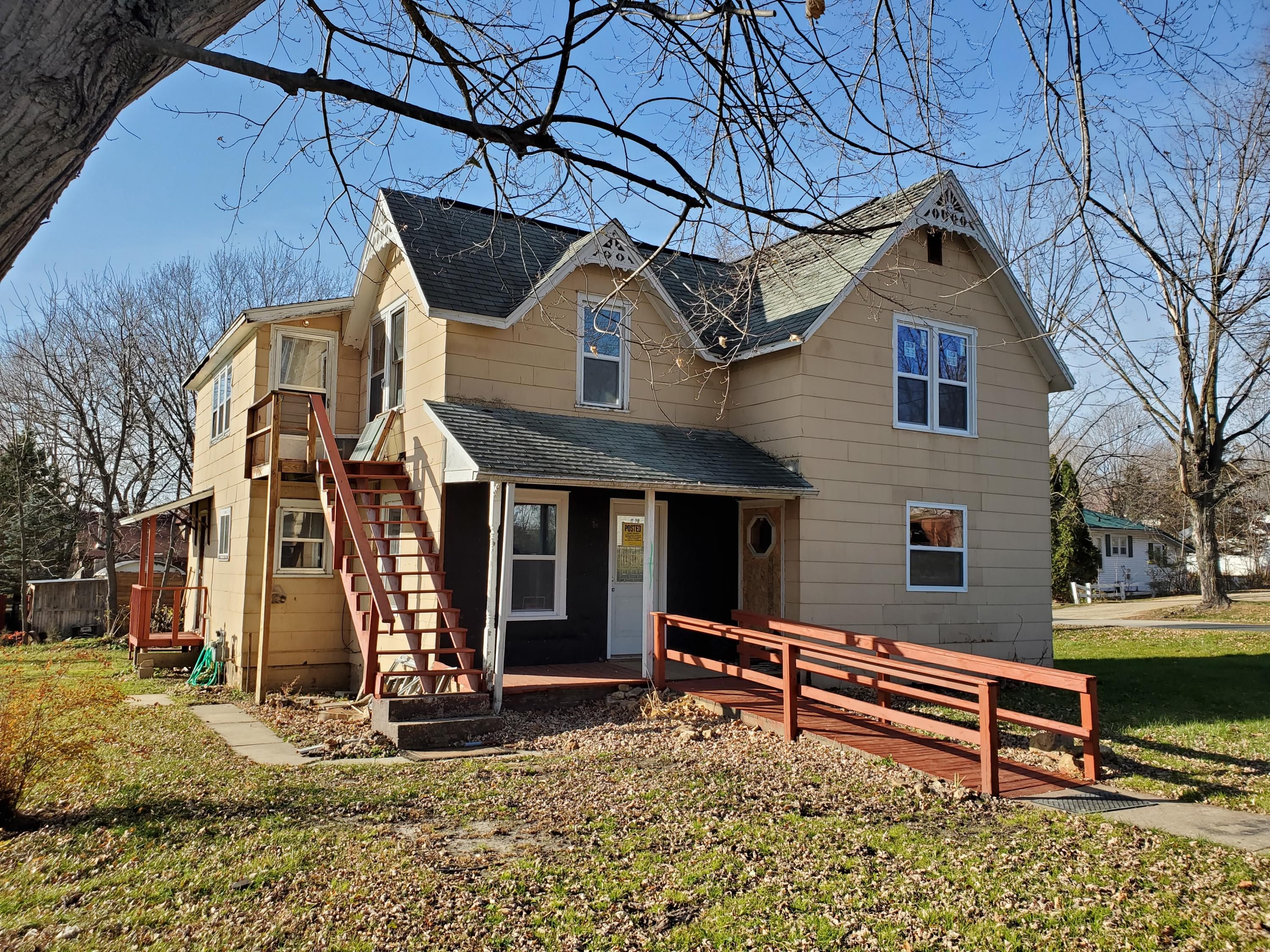 221 State St, La Farge, Wisconsin 54639, 3 Bedrooms Bedrooms, ,2 BathroomsBathrooms,Single-Family,For Sale,State St,1719922