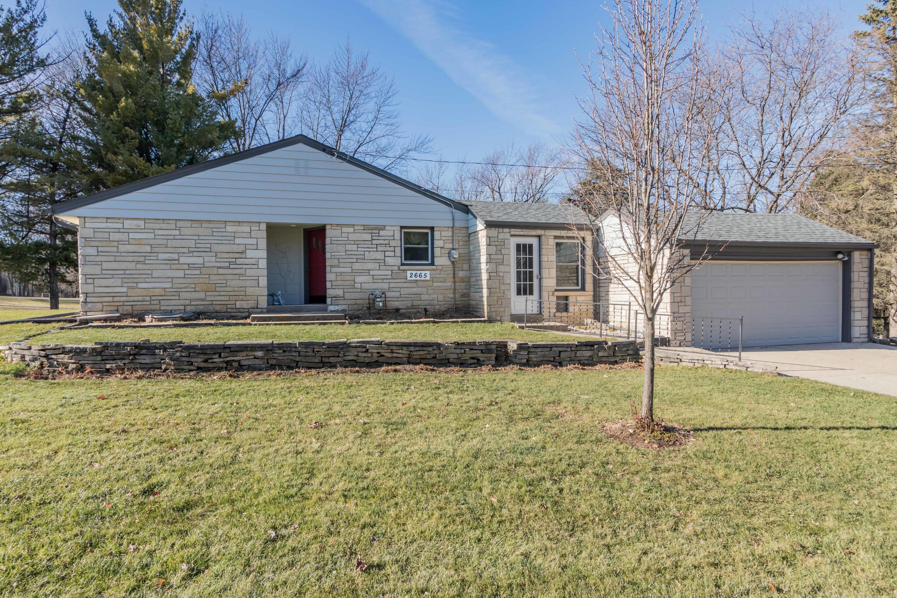 2665 Tyein Pl, Brookfield, Wisconsin 53045, 2 Bedrooms Bedrooms, 4 Rooms Rooms,1 BathroomBathrooms,Single-Family,For Sale,Tyein Pl,1720654