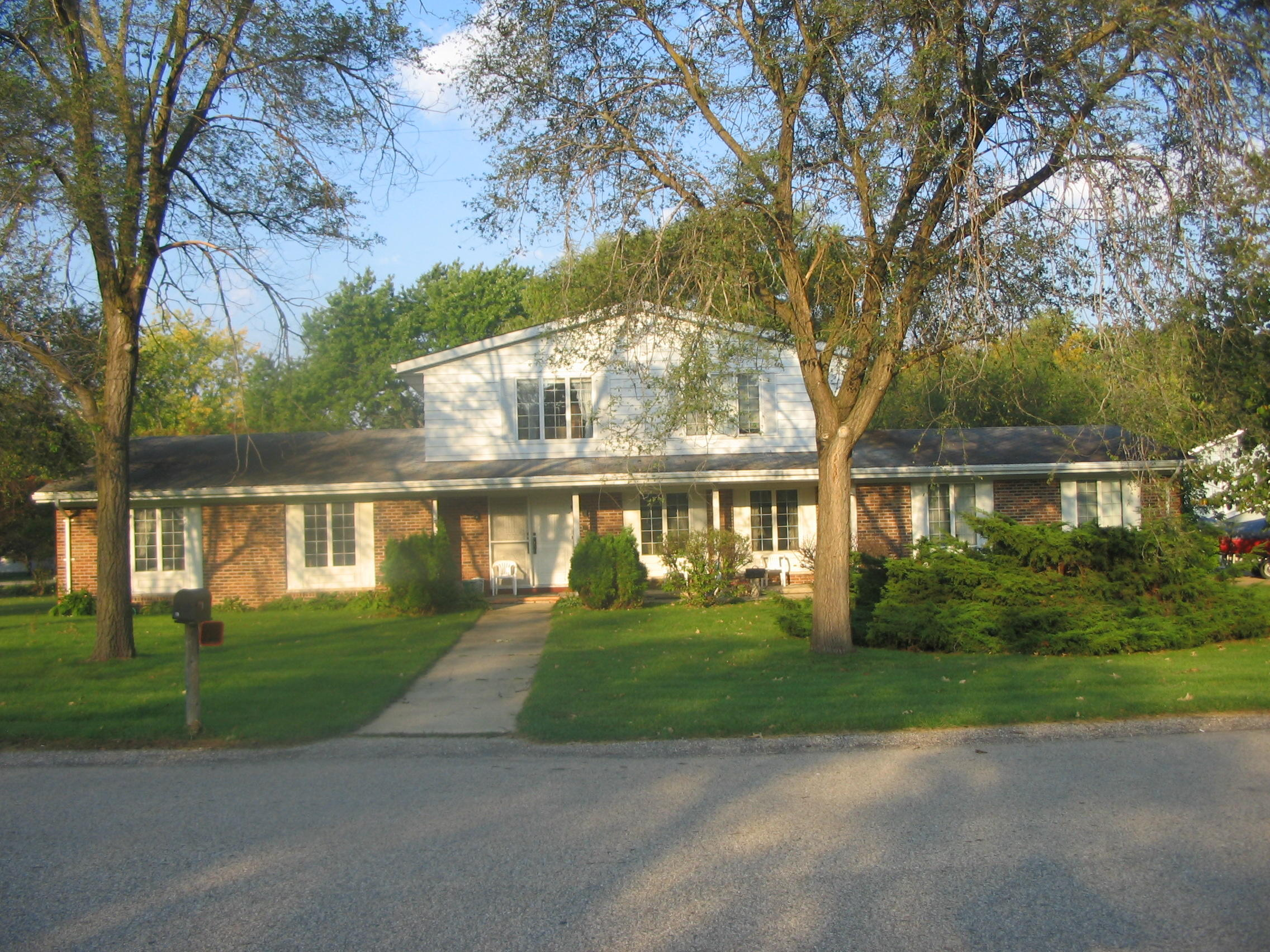 171 Wolf Dr