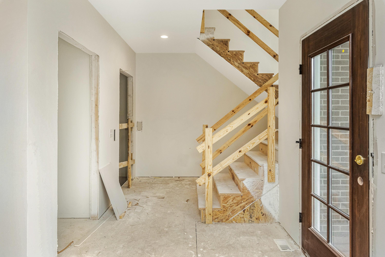 411 Wells St, Delafield, Wisconsin 53018, 2 Bedrooms Bedrooms, 6 Rooms Rooms,2 BathroomsBathrooms,Condominiums,For Sale,Wells St,1,1722737