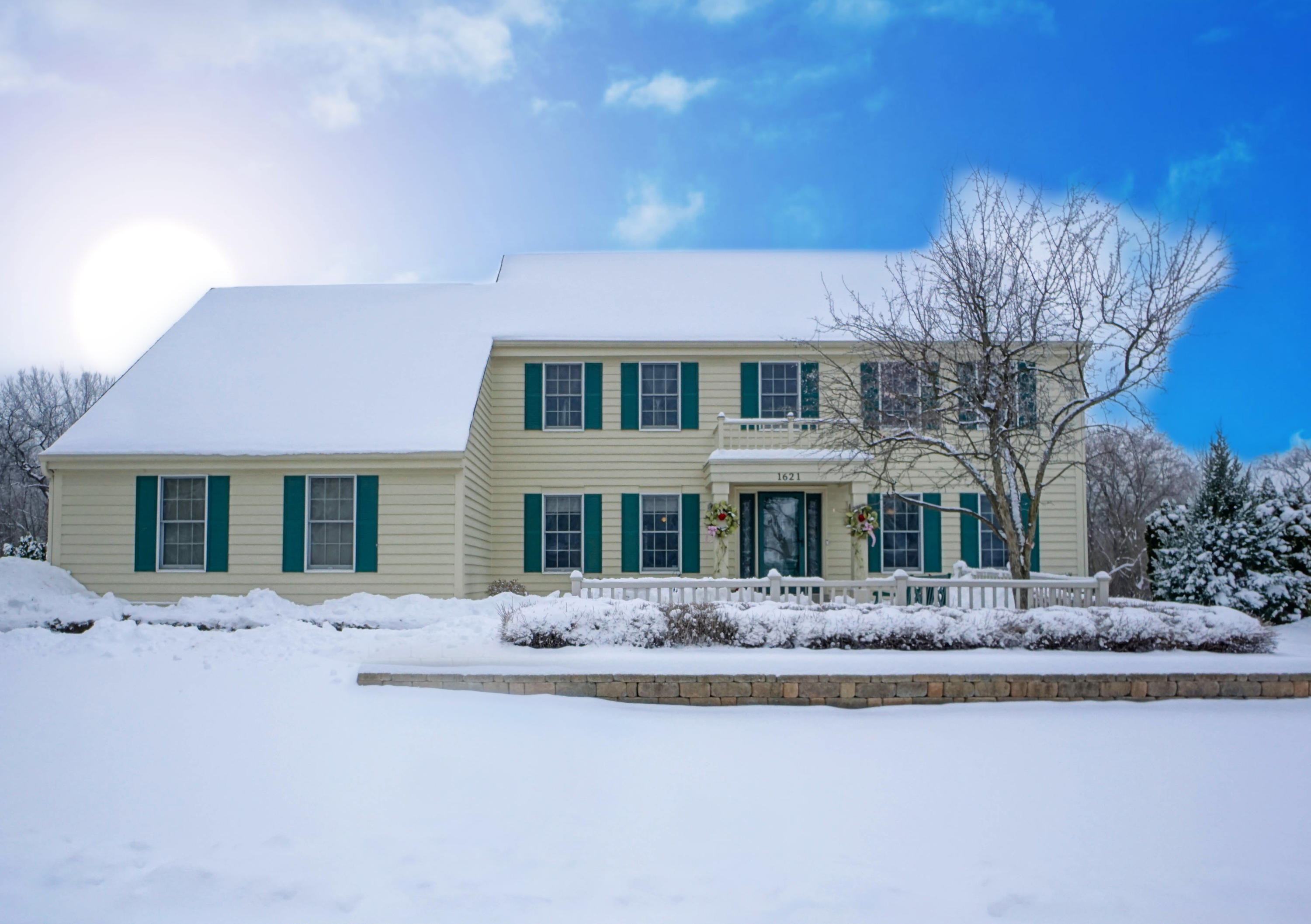 1621 Legend Hill Ln, Waukesha, Wisconsin 53189, 4 Bedrooms Bedrooms, 10 Rooms Rooms,3 BathroomsBathrooms,Single-Family,For Sale,Legend Hill Ln,1722981