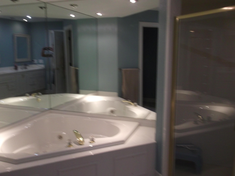 N14W30234 High Ridge Rd, Delafield, Wisconsin 53072, 3 Bedrooms Bedrooms, 9 Rooms Rooms,4 BathroomsBathrooms,Condominiums,For Sale,High Ridge Rd,1,1723352