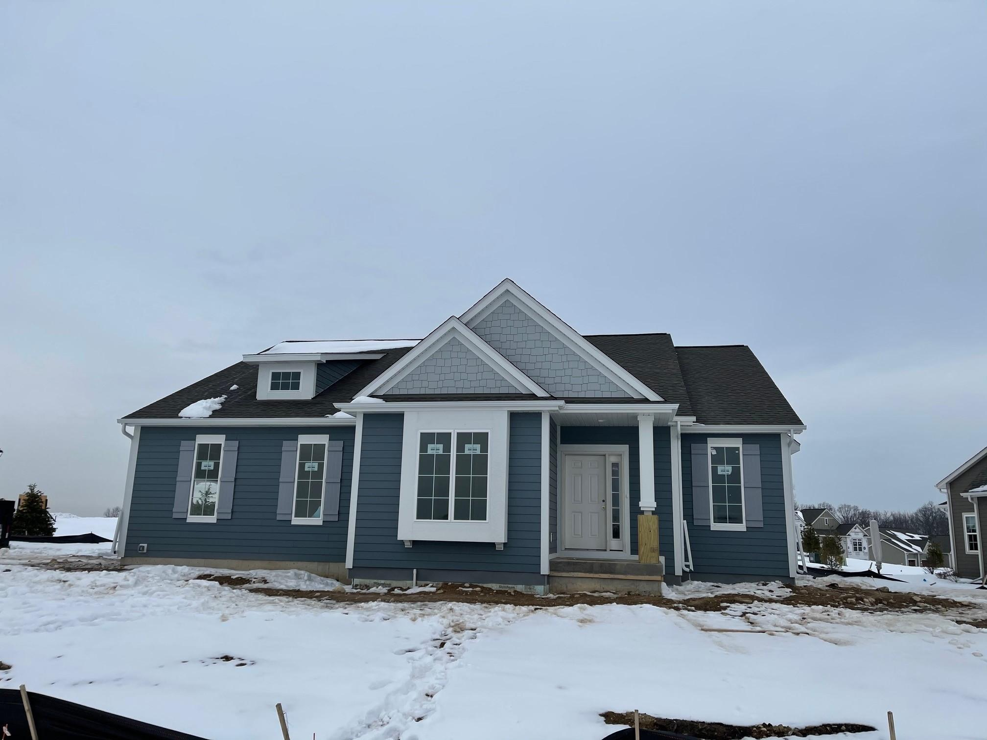Lt50 Overlook Circle E, Hartland, Wisconsin 53029, 2 Bedrooms Bedrooms, ,2 BathroomsBathrooms,Condominiums,For Sale,Overlook Circle E,1,1723823