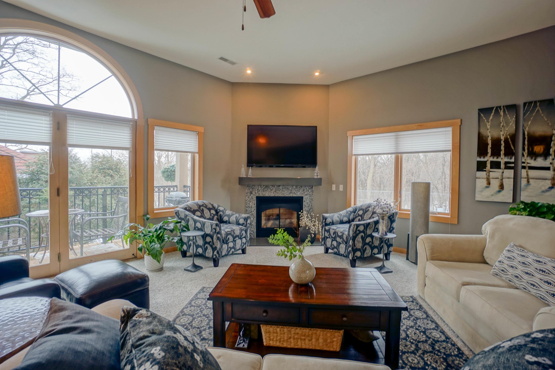 N51W34861 Wisconsin Ave, Oconomowoc, Wisconsin 53069, 2 Bedrooms Bedrooms, 6 Rooms Rooms,2 BathroomsBathrooms,Condominiums,For Sale,Wisconsin Ave,1,1724072