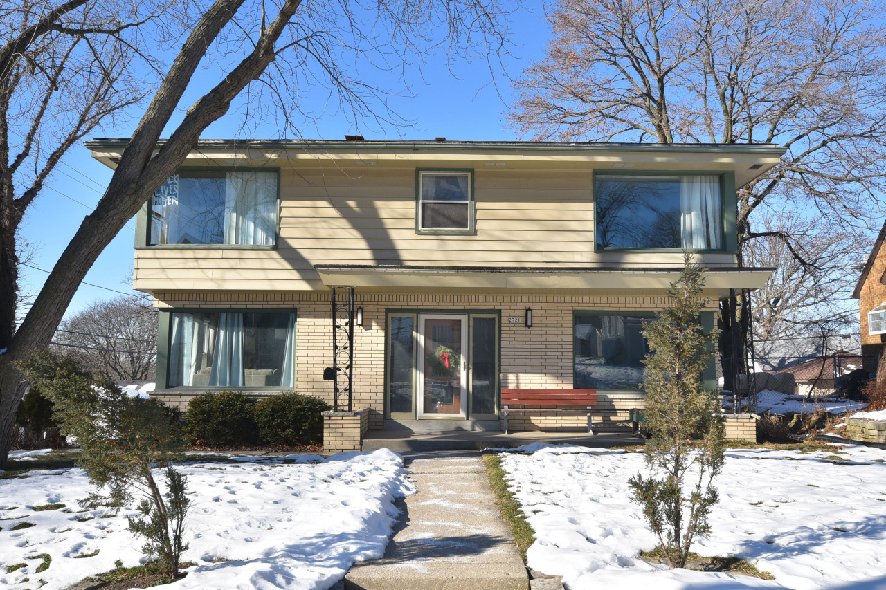 2721 85th St, Milwaukee, Wisconsin 53222, ,Multi-Family Investment,For Sale,85th St,1724913
