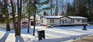 W5823 Lewis Rd, Middle Inlet, WI 54177
