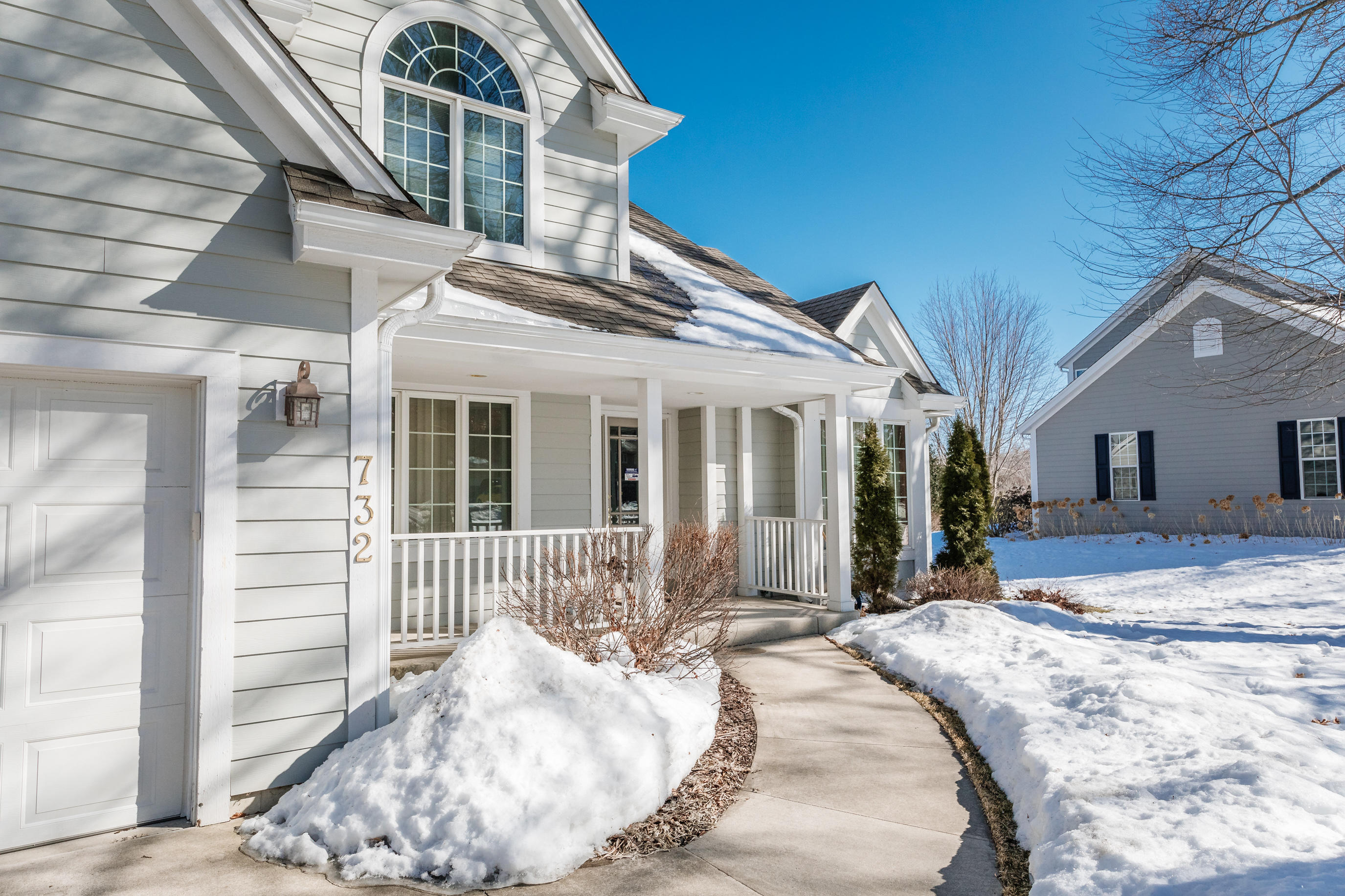 732 Winston Way, Hartland, Wisconsin 53029, 5 Bedrooms Bedrooms, 9 Rooms Rooms,2 BathroomsBathrooms,Single-Family,For Sale,Winston Way,1728971