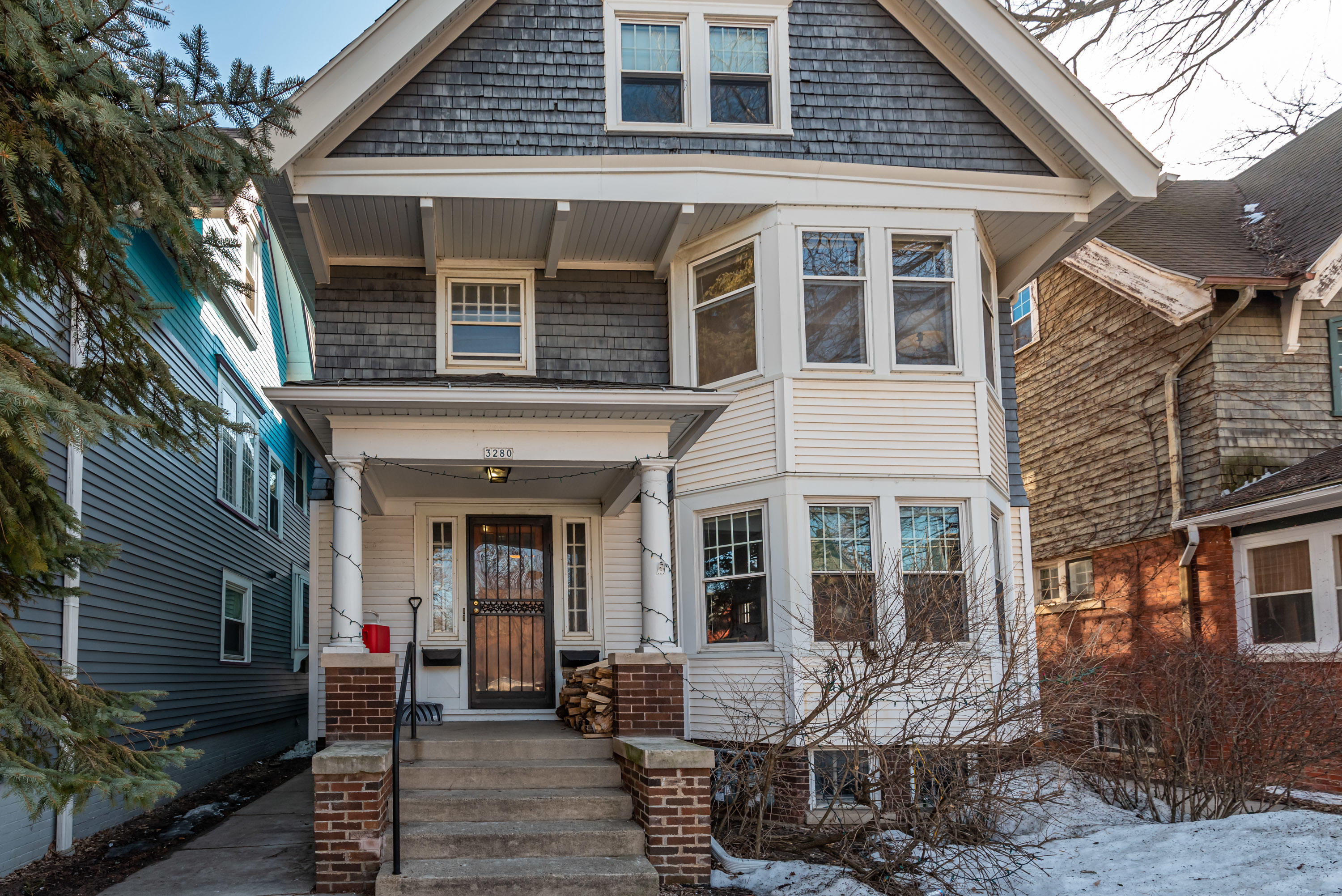 Photo of 3280 N Downer Ave, Milwaukee, WI 53211