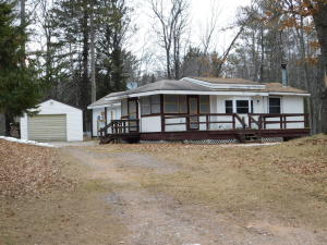 N11864 Betts Ln, Silver Cliff, WI 54104