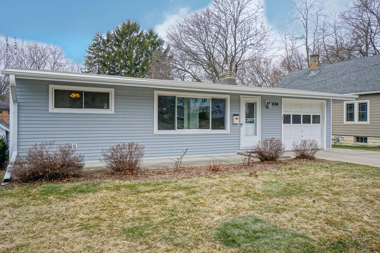 636 Delafield St, Waukesha, Wisconsin 53188, 2 Bedrooms Bedrooms, 6 Rooms Rooms,2 BathroomsBathrooms,Single-Family,For Sale,Delafield St,1731066