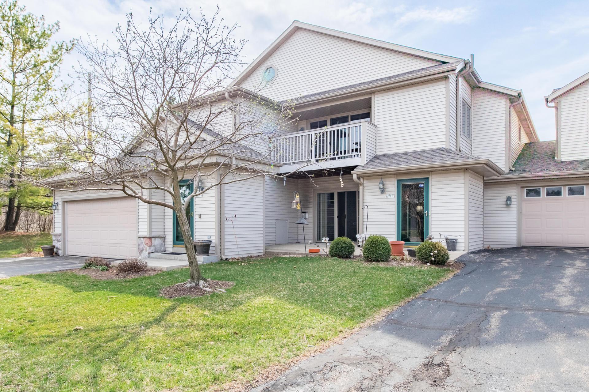 2285 Circle Rdg, Delafield, Wisconsin 53018, 2 Bedrooms Bedrooms, ,2 BathroomsBathrooms,Condominiums,For Sale,Circle Rdg,2,1734085