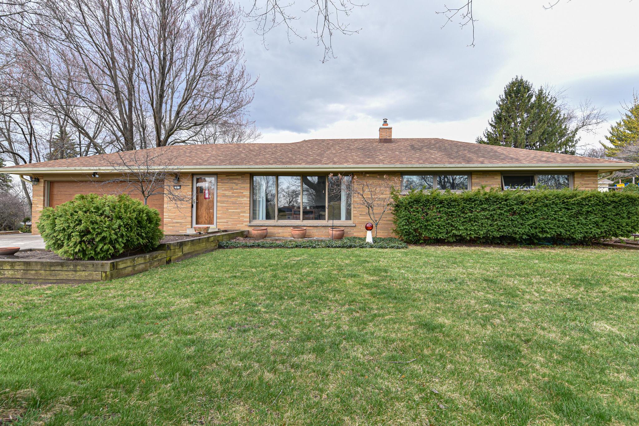1015 Westbrooke Pkwy, Brookfield, Wisconsin 53186, 3 Bedrooms Bedrooms, 6 Rooms Rooms,1 BathroomBathrooms,Single-Family,For Sale,Westbrooke Pkwy,1733815