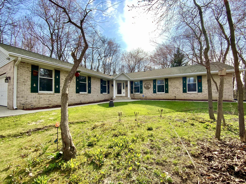 1455 Morgan Rd, Oconomowoc, Wisconsin 53066, 3 Bedrooms Bedrooms, ,2 BathroomsBathrooms,Single-Family,For Sale,Morgan Rd,1734086