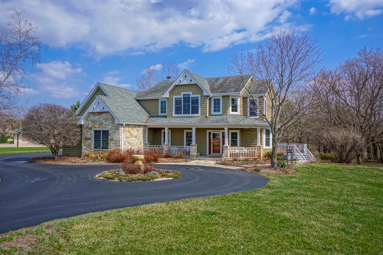 W383N6610 Deer Creek Ct, Oconomowoc, Wisconsin 53066, 5 Bedrooms Bedrooms, 11 Rooms Rooms,3 BathroomsBathrooms,Single-Family,For Sale,Deer Creek Ct,1734106