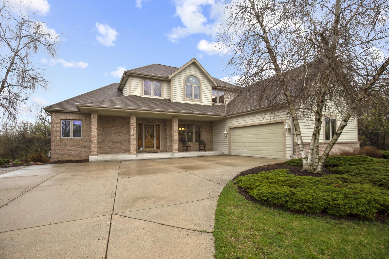 740 River Reserve Dr, Hartland, Wisconsin 53029, 3 Bedrooms Bedrooms, 8 Rooms Rooms,2 BathroomsBathrooms,Single-Family,For Sale,River Reserve Dr,1734476