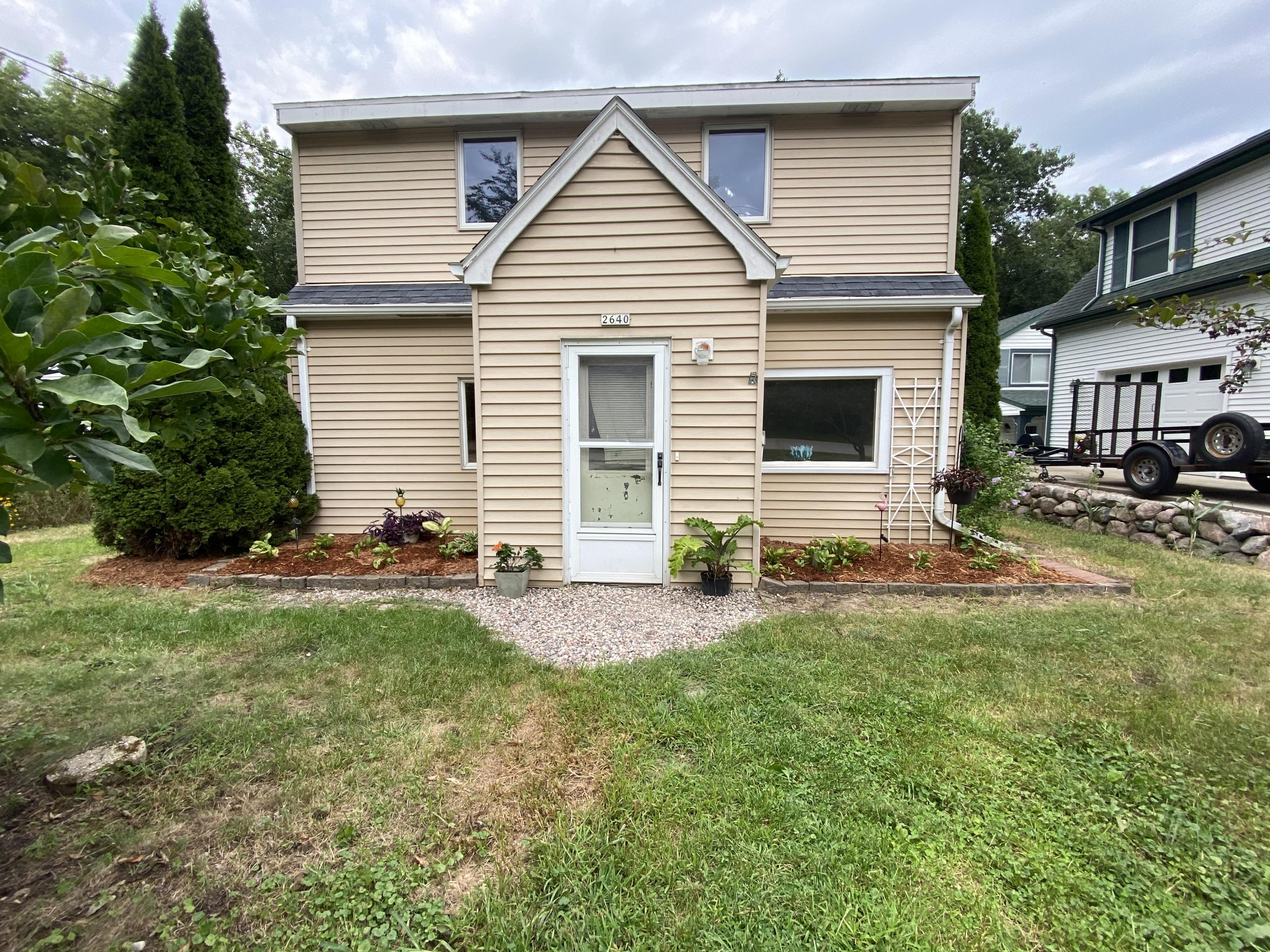 2640 Nagawicka Ave, Delafield, Wisconsin 53018, 3 Bedrooms Bedrooms, 6 Rooms Rooms,1 BathroomBathrooms,Single-Family,For Sale,Nagawicka Ave,1734673