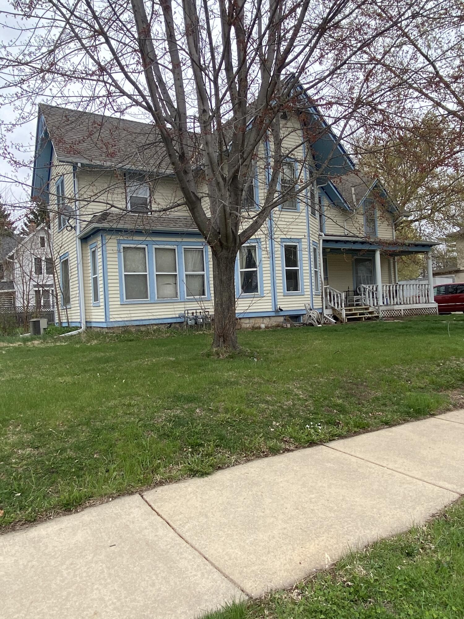 364 South St, Oconomowoc, Wisconsin 53066, ,Multi-Family Investment,For Sale,South St,1734211