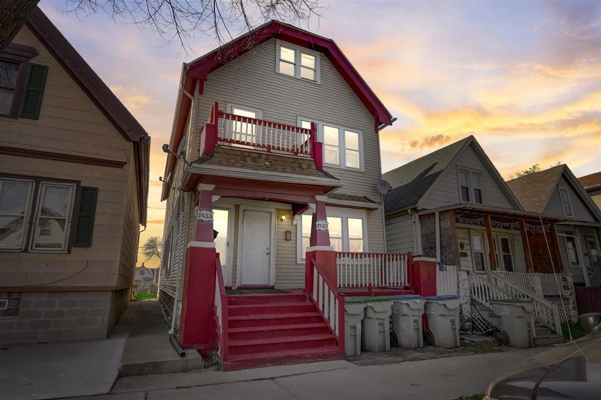 1453 Union St, Milwaukee, Wisconsin 53204, 2 Bedrooms Bedrooms, 5 Rooms Rooms,1 BathroomBathrooms,Two-Family,For Sale,Union St,1,1736010