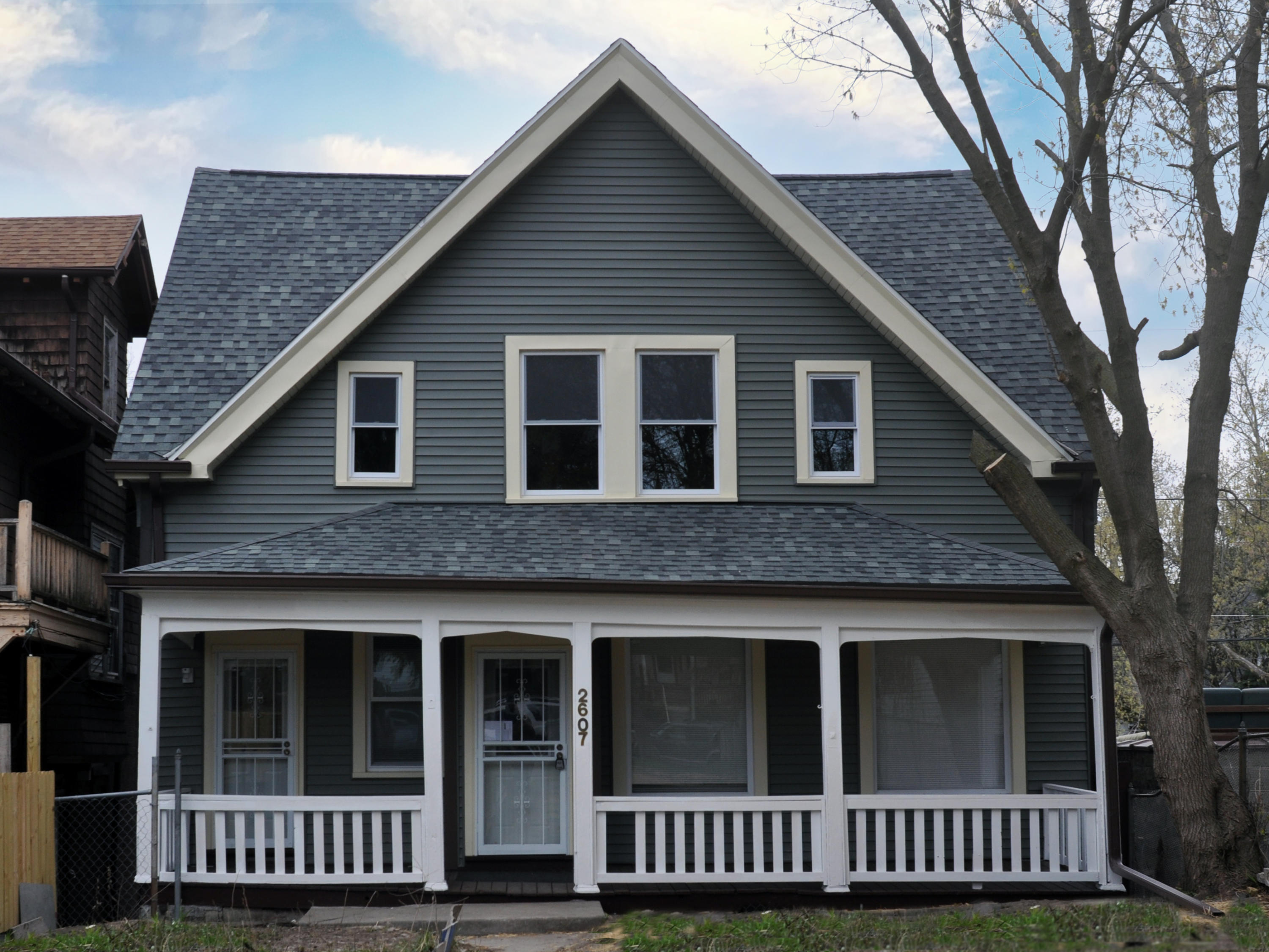 2607 Palmer St, Milwaukee, Wisconsin 53212, 4 Bedrooms Bedrooms, ,2 BathroomsBathrooms,Single-Family,For Sale,Palmer St,1735996
