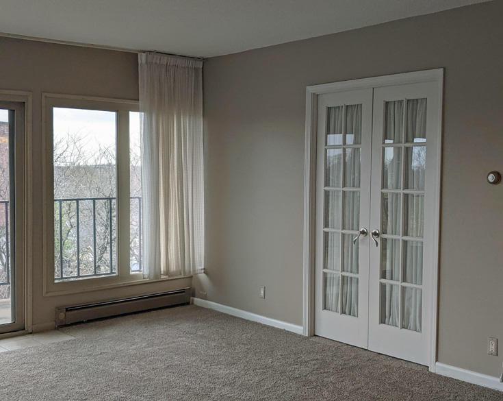 333 Lake Rd, Oconomowoc, Wisconsin 53066, 2 Bedrooms Bedrooms, 4 Rooms Rooms,2 BathroomsBathrooms,Condominiums,For Sale,Lake Rd,6,1737691