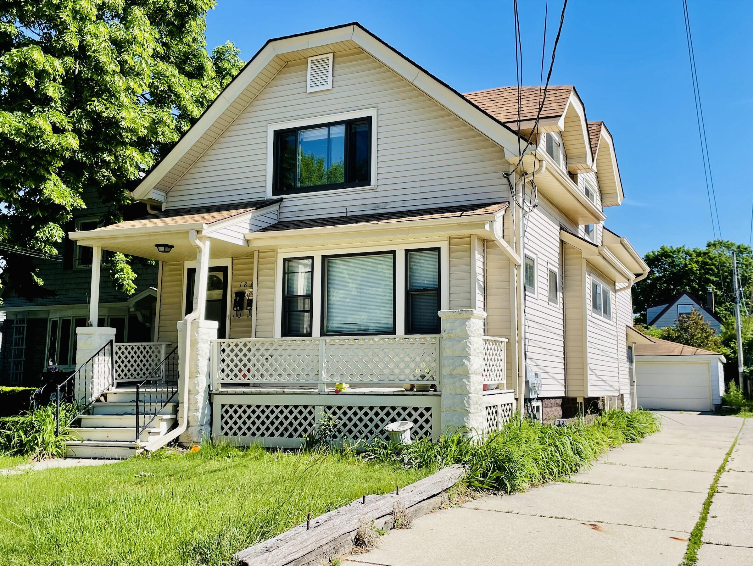 1835 E Howard Ave #Lower