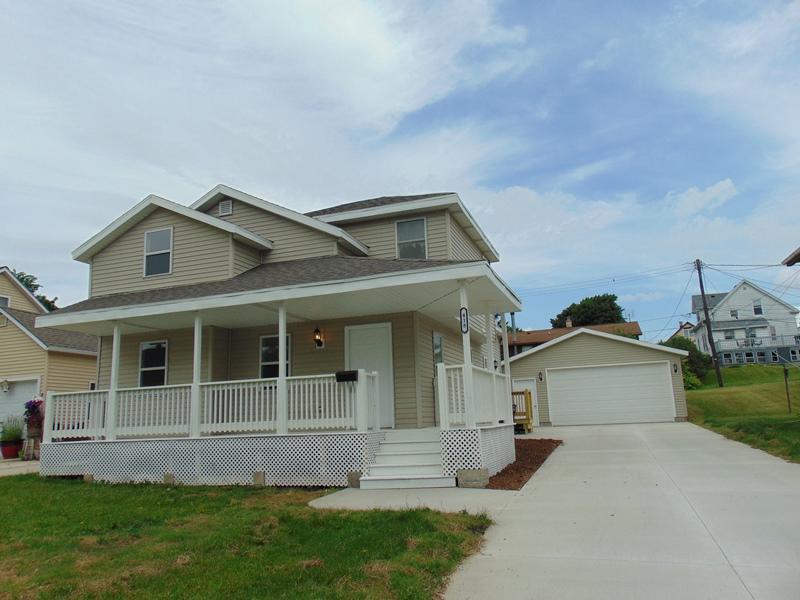 418 Jefferson St Sheboygan Falls, WI 53085 Property Image