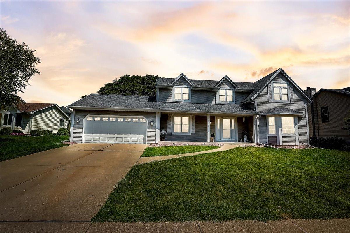 4118 W Southwood Dr Franklin, WI 53132 Property Image