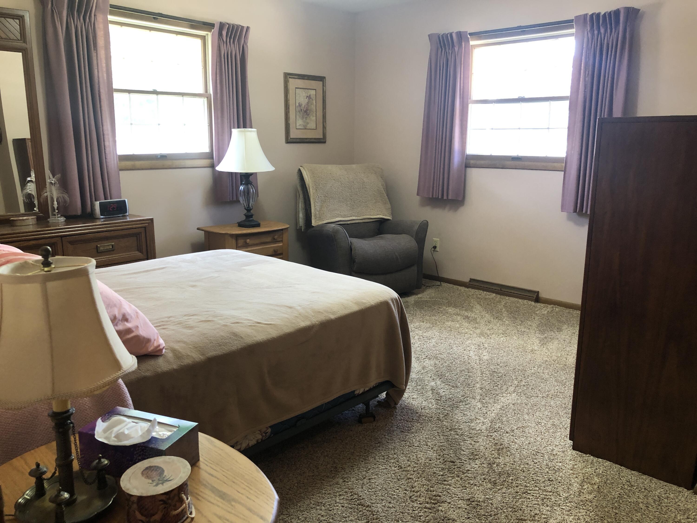 2125 Saemann Ave, Sheboygan, Wisconsin 53081, 2 Bedrooms Bedrooms, 5 Rooms Rooms,1 BathroomBathrooms,Condominiums,For Sale,Saemann Ave,1,1746442