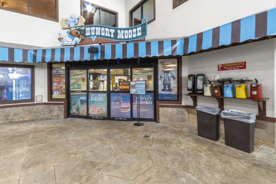 7020 Grand Geneva Way, Lyons, Wisconsin 53147, 2 Bedrooms Bedrooms, 3 Rooms Rooms,2 BathroomsBathrooms,Condominiums,For Sale,Grand Geneva Way,4,1746345