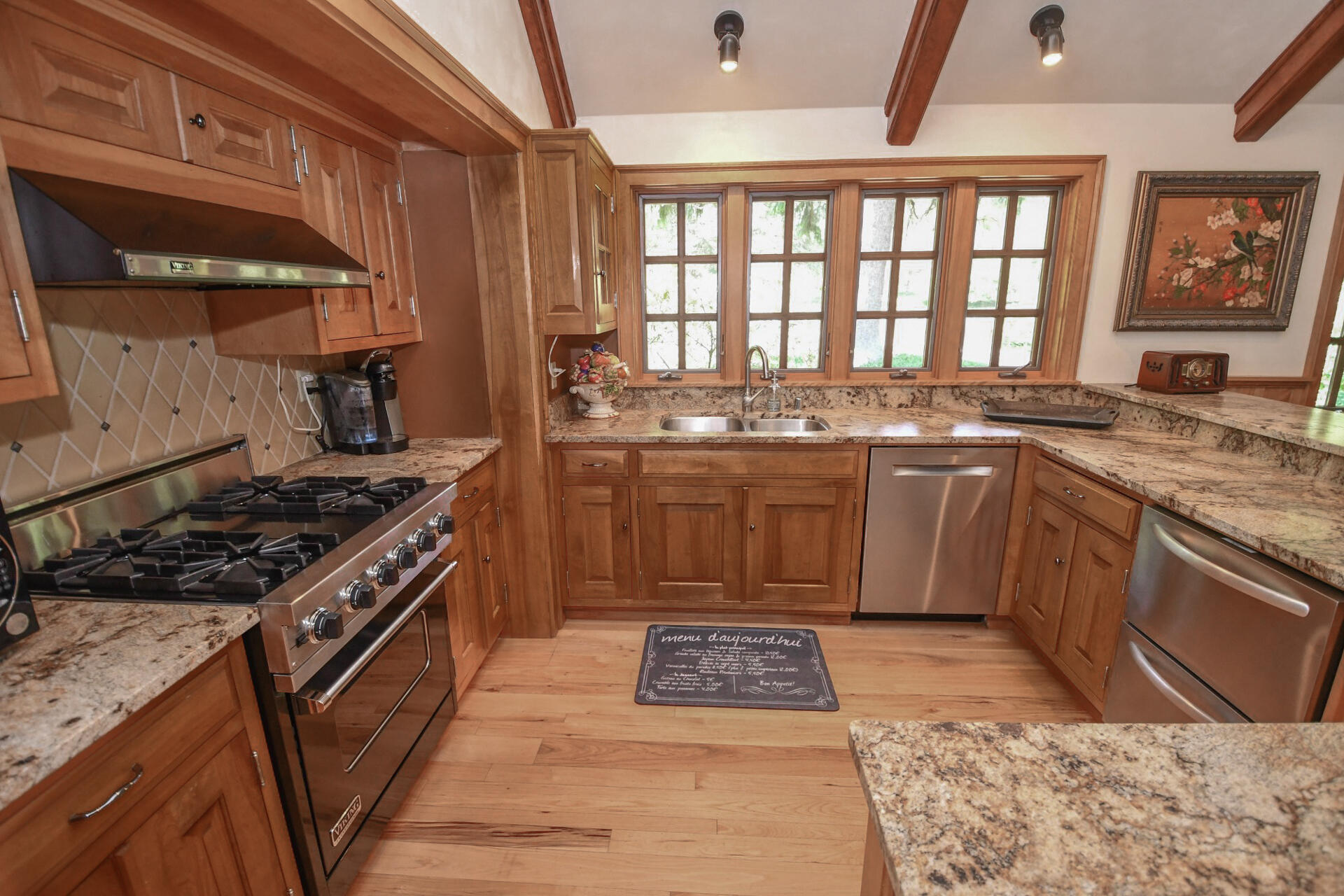7141 State Road 83, Chenequa, Wisconsin 53029, 5 Bedrooms Bedrooms, 13 Rooms Rooms,6 BathroomsBathrooms,Single-Family,For Sale,State Road 83,1748171