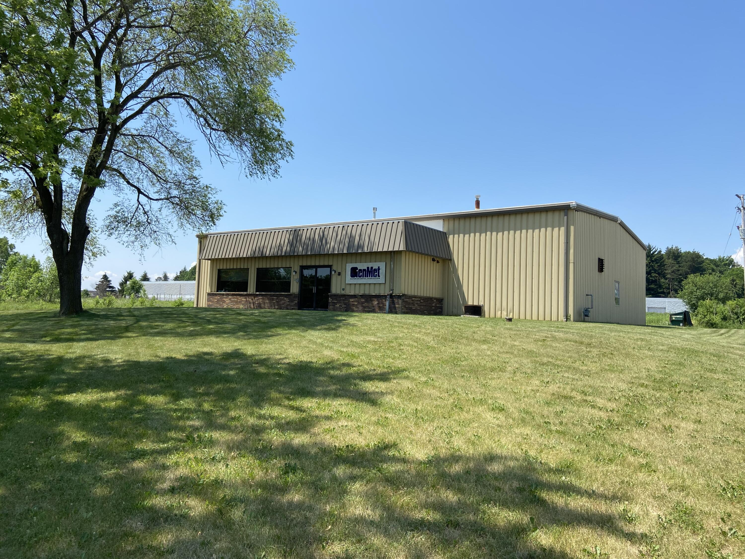 Photo of 10827 N Industrial Dr, Mequon, WI 53092