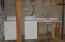 washer/dryer in basement
