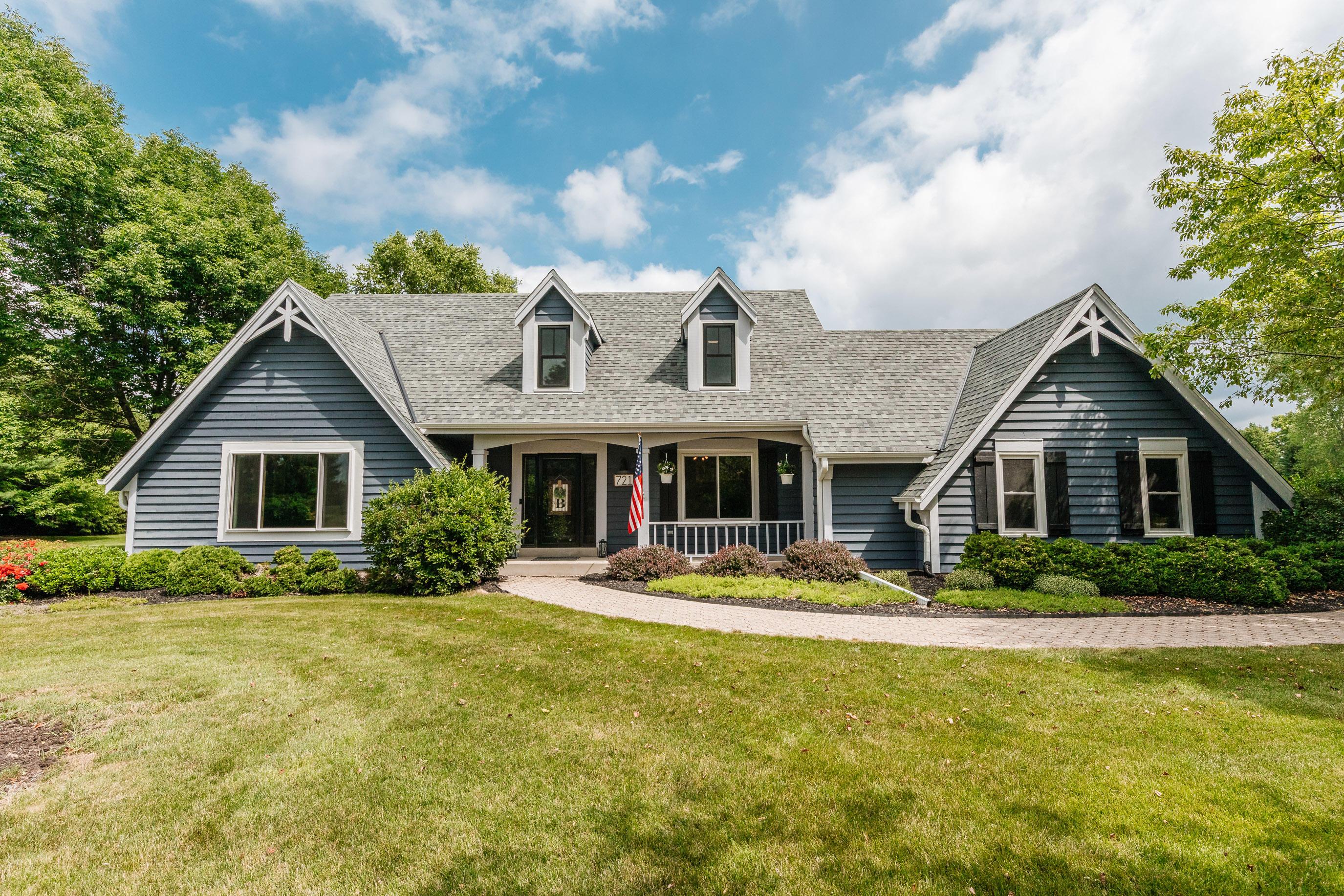 721 Woodland Park Dr, Delafield, Wisconsin 53018, 3 Bedrooms Bedrooms, 9 Rooms Rooms,2 BathroomsBathrooms,Single-Family,For Sale,Woodland Park Dr,1752120